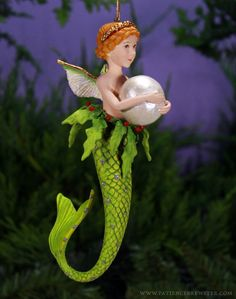 Pearl Mer Girl Orn