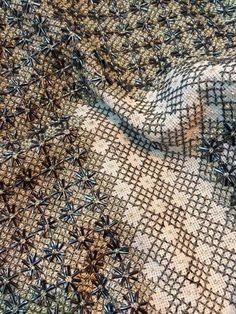 Needlework, Embroidery Designs, City Photo, Cross Stitch, Fanfiction, Beads, Image, Fotografia, Driveways