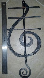 Treble Clef Key Rack