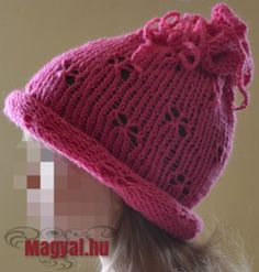 Kötött pillangós sapka Lany, Knitted Hats, Winter Hats, Beanie, Knitting, Fashion, Creative, Moda, Tricot