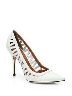 Arya Cutout a Leather Pumps. Sock Shoes, Shoe Boots, Shoes Heels, Shoe Shoe, Shoe Closet, Fancy Shoes, Me Too Shoes, Jimmy Choo, Christian Louboutin