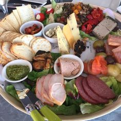 In the mix for one of the *best* Tasmanian Food Platters is this 'small' one from Ghost Rock Vineyard near Shearwater/Port Sorell in Tasmania's North West. Murray says mainland visitors to the state were suitably impressed. Image credit: @murraysdayouttasmania