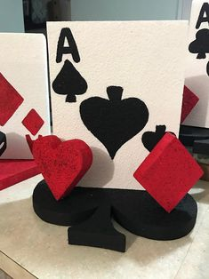 Your place to buy and sell all things handmade Casino Themed Centerpieces, Casino Party Decorations, Las Vegas Party, Vegas Theme, Creative Party Ideas, Magic Party, Prom Themes, Balloon Columns, Man Birthday