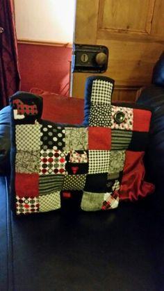 "2""squares hand sewed scottie dog"