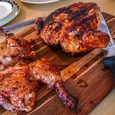 Mozambique: Piri piri Chicken - spicy and flavorful in all the right ways - Explorers Kitchen - Lisa J - African Food Mozambique Food, South African Dishes, Peri Peri Chicken, Piri Piri, Chicken Recipes, Turkey Recipes, Great Recipes, Food To Make, Spicy