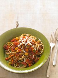 Healthy Pasta Recipe. Linguine Bolognese.