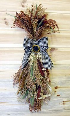 Country Autumn Door Swag made with Broom Corn by theflowerpatch Door Wreaths, Grapevine Wreath, Burlap Wreaths, Broom Corn, Fall Swags, Door Swag, Fall Crafts, Nature Crafts, Fall Harvest