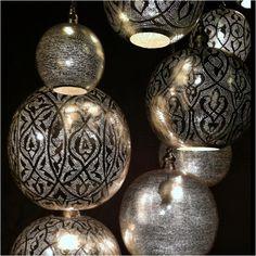 Metal spheres