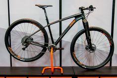 Tthe fully-carbon KTM Myroon 29 Prestige 1-11