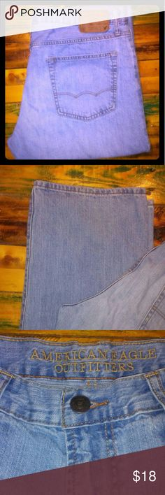 American Eagle blue jeans Mens American Eagle blue jeans. Perfect condition! No rips, holes, stains, or tears. Relaxed straight fit. 36x34 light denim American Eagle Outfitters Jeans Relaxed