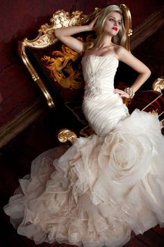Totally in love with this gorgeous wedding dress | GOWNS OF ELEGANCE Australia