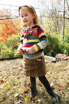 Turn an adult sweater into a children's ruffled sweater.