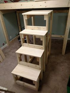 DIY steps for loft bed - treads are - pre drilling is the trick Bunk Bed Rooms, Loft Bunk Beds, Loft Bed Storage, Loft Bed Stairs, Bunk Beds With Stairs, Bunk Bed Steps, Toddler Bunk Beds, Custom Bunk Beds, Wood Projects