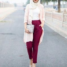 maroon pants with pink cardigan hijab look- Casual chic hijab 2016 http://www.justtrendygirls.com/casual-chic-hijab-2016/