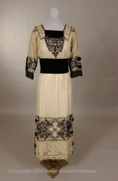 1915-18 dress from the Detroit Historical Museum of Costume Collection