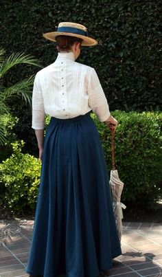 Blue Wool Skirt 2 old fashioned outfit 1900s Fashion, Edwardian Fashion, Vintage Fashion, Vintage Beauty, Modern Victorian Fashion, Gothic Fashion, Historical Costume, Historical Clothing, Historical Dress