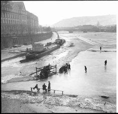Kluziště u Dvořákova nábřeží, 1939, foto Jan Novotný