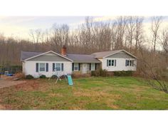 $ 159,000 Country living with acreage, just off highway 221 in Mayo. Convenient to Spartanburg, Chesnee and Lake Blalock.