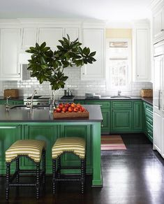 Red and Green Kitchen Idea. Red and Green Kitchen Idea. 31 Green Kitchen Design Ideas Paint Colors for Green Kitchens Two Tone Kitchen Cabinets, Refacing Kitchen Cabinets, Green Cabinets, Kitchen Cabinet Colors, Kitchen Paint, Kitchen Colors, White Cabinets, Cabinet Refacing, Cabinet Ideas