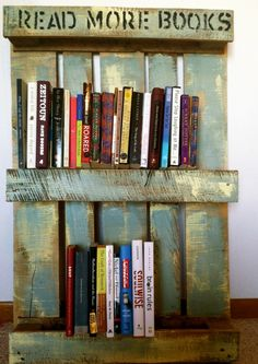 Repurposed wood pallet bookshelf