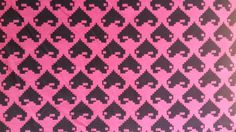 pixelated hearts black & pink (Fabricland)