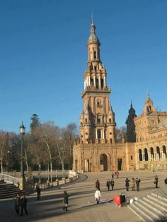 Fotografía: Dulce Gala - Sevilla San Francisco Ferry, Notre Dame, Madrid, Spain, Building, Travel, Florence, Monuments, Sevilla