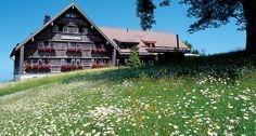 Gasthaus zum #Gupf Restaurants, Cabin, House Styles, Places, Home Decor, Switzerland, Eten, Decoration Home, Room Decor