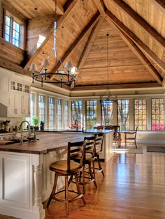 kitchen by Foley Beam Architecture http://www.houzz.com/photos/1998184/Abbey-Road-traditional-kitchen-philadelphia