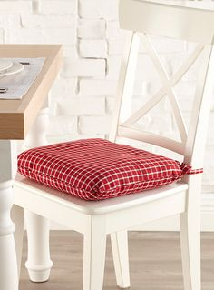 red rustic plaid chairpad