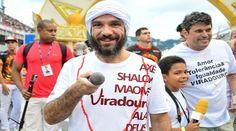 Comunidade da Viradouro declara amor eterno ao intérprete Zé Paulo
