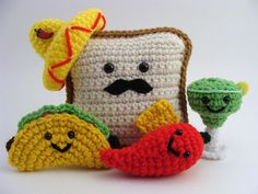 I love everything about this picture. #crochet taco