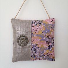 Coussin+de+porte+-+décoration+pour+la+maison+en+tissu+japonais+seigaiha+:+Textiles+et+tapis+par+nymeria-creation
