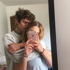 selfie romantic