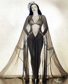 """Lois DeFee   aka. """"Queen Of The Amazons""""..  A beautiful promo photo from the early-1940's.."""