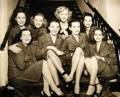 1940s, airline stewardesses   - Smash It!
