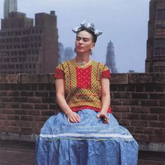Frida Kahlo: Through the Lens of Nickolas Muray Diego Rivera, Frida Kahlo Exhibit, Cardboard Sculpture, Urban Street Art, Mexican Artists, Seascape Paintings, Japanese Artists, New Shows, Watercolor Landscape