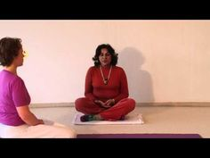 Ajapa Japa Meditation Anleitung auf Englisch. Dr. Nalini Sahay leitet dich zu einer in der Satyananda Tradition sehr beliebten Meditationstechnik an. Mehr Infos zu Meditation http://www.yoga-vidya.meditation.html