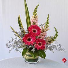 valentine floral arrangements | Modern Flower Arrangement for Montreal Delivery · The Flower Pot