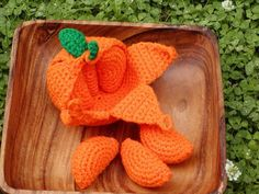 Crocheted Peelable Orange Amigurumi---PDF--PATTERN. Not free.