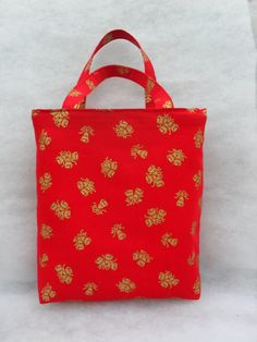 Red with gold bells Christmas gift bag. by LDCcreations on Etsy, £7.50