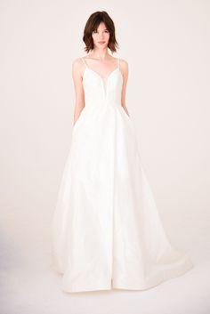 Amsale Bridal Spring 2017 | #BridalFashionWeek #WeddingDress [Photo: Aurora Rose]