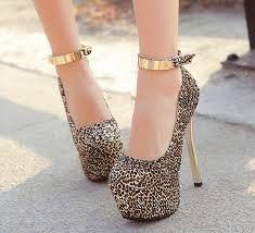Image result for zapatos con plataforma cerrados Tacos Zapatos 506f643c336