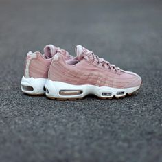 50f9c40526d Nike W Air Max 95 Oxford Pink . Disponible Available  SNKRS.COM Air