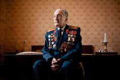 File:World War II Veterans by Konstantin Suslov Ww2 Veterans, World War Ii, History, Photo Ideas, Photography, Portraits, Pictures, World War Two, Shots Ideas