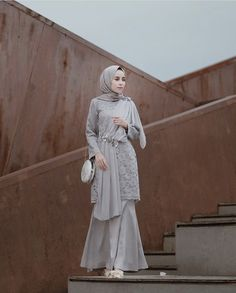 Discover recipes, home ideas, style inspiration and other ideas to try. Dress Muslim Modern, Dress Brokat Modern, Muslim Dress, Kebaya Modern Hijab, Kebaya Hijab, Kebaya Muslim, Hijab Gown, Hijab Dress Party, Hijab Style Dress
