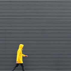 Creative and Colorful Minimalist Photography by Grigoriy Shkarupilo #photography #creative #street #minimalism