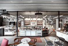Grandma Bakery&Cafe - Akmerkez | Zemberek Design #interiordesign #bakerydesign #cosy #bakery #furniture #furnituredesign #coffee #coffeeshop #decoratingideas #whitedecor #vintage #cafedesign #restaurantdesign #restaurantinteriors #restaurants #carpet #plants #chair #backyard