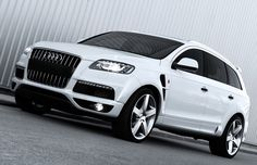 A. Kahn Design Twists Up the Audi Q7 Quattro S-Line Wide Track