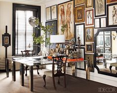 In the October issue of Elle Decor, William Frawley's Soho loft showcases our Wood Blinds throughout the celebrated interior. Interior Exterior, Best Interior, Elle Decor, Vintage Printable, Tutorial Diy, Apartment Therapy, Soho Apartment, Manhattan Apartment, Wood Blinds