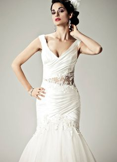 I FEEL PRETTY - Wedding Gown / Matty 2012 Collection - by Matthew Christopher - Available colours : White & Off White (close up)